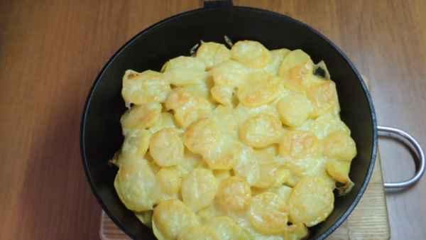 рецепт слоенки картофельной